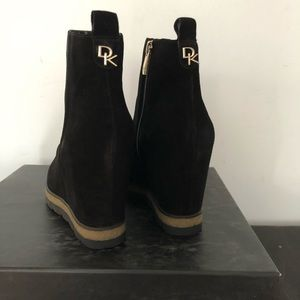 Elegant woman Boots